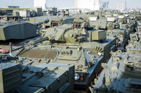 НАТО перебрасывает в Эстонию…