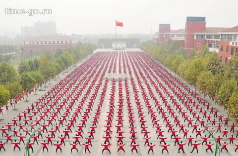 Почему в Китае толпа — это н…