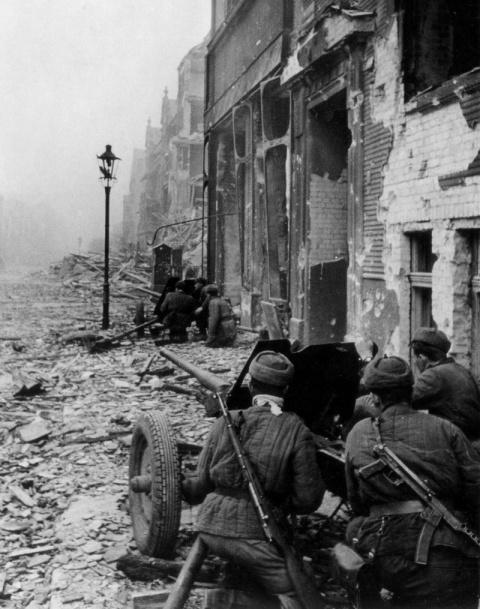 2 февраля - День разгрома немецко-фашистских войск в Сталинградской битве в 1943