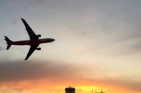 Пилоты Air Berlin устроили пассажирам прощальный маневр «в духе 11 сентября»