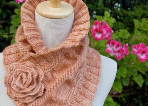 Красивые шарфы-воротники, св…