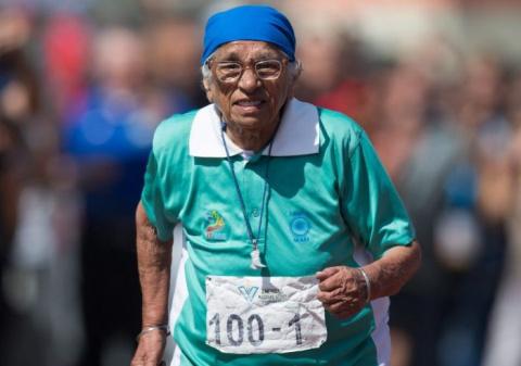 101-летняя бегунья из Индии взяла золото на стометровке