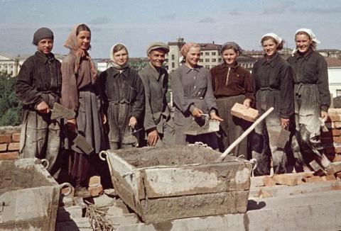 12 признаков советского человека