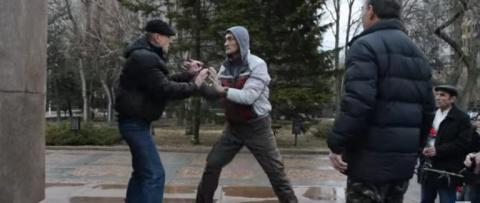 Украинский нацист, топтавший…