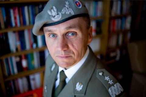Польский генерал: Россия — это волк, который скинул овечью шкуру и показал клыки