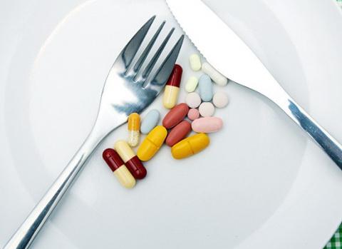 Несовместимость лекарств с едой - это должен знать каждый