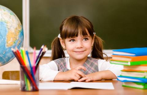 Как сестрёнка пошла в первый класс, но в первый же день разочаровалась