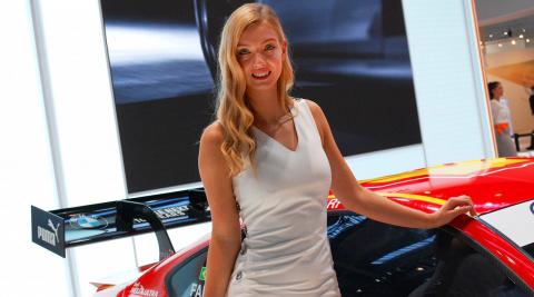 Девушки Франкфуртского автосалона 2017