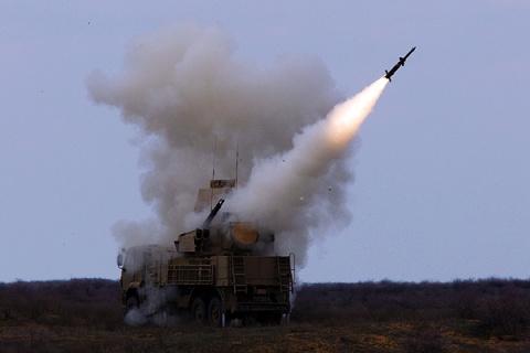 Силы ПВО Сирии подбили самол…