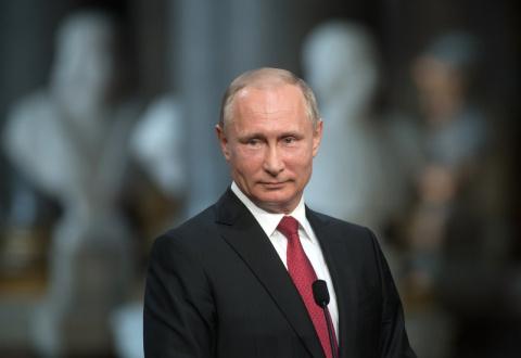 Путин примет участие в праздновании Дня Военно-морского флота в Петербурге