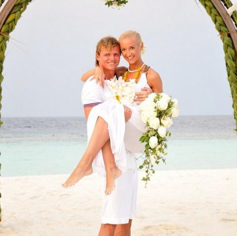 Теперь известна причина их развода, Дмитрий Тарасов дал официальный комментарий, раскрыв секрет Ольги Бузовой