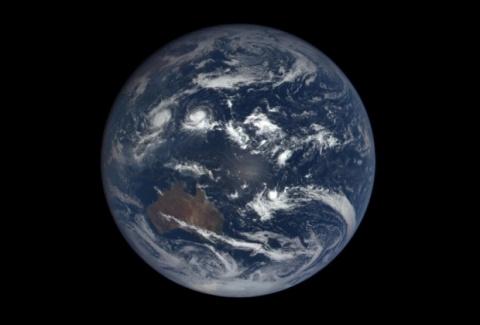 Годовые изменения Земли на видео таймлапс