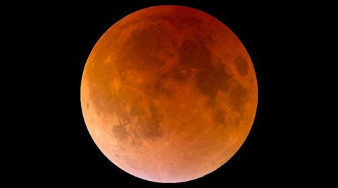 21 августа нашу планету ждет полное солнечное затмение. Уже завидую счастливчикам, которые его увидят!