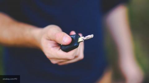 Угнал автомобиль мужа экс-супруги пьяный житель Оленегорска