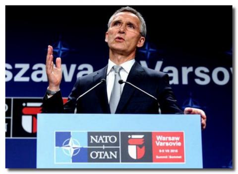 НАТО подползает к России