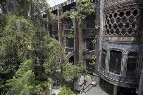 Удивительный заброшенный отель Ла Посада дель Соль