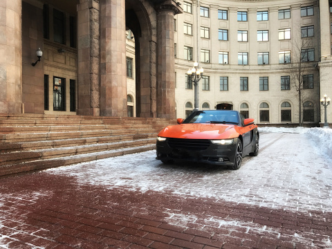 За рулем опытного отечественного прототипа — родстер Крым!