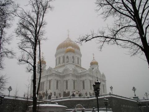 Москва уйдет в туман. В стол…