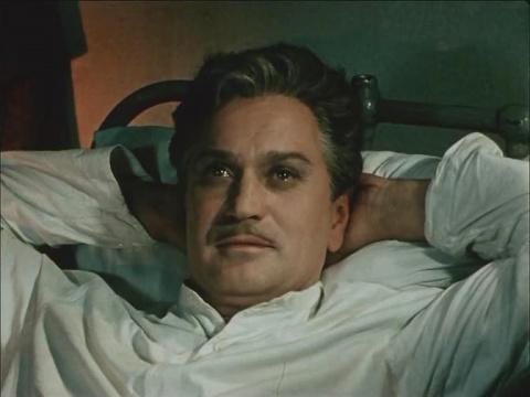 Николай Гриценко  закончил свою жизнь в психиатрической клинике: голодный актер украл из холодильника чужую еду, за что его жестоко избили другие больные