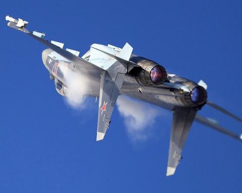 Запредельный пилотаж Су-35 п…