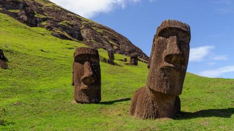 Ученые хотят переписать историю цивилизации острова Пасхи