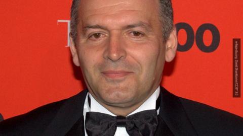 Украинский олигарх Пинчук пытается «переобуться в прыжке»