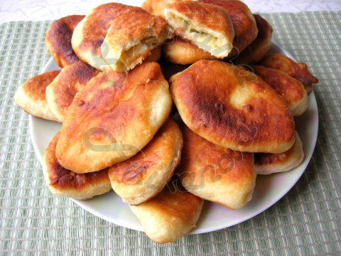 Жареные пирожки с картофельн…