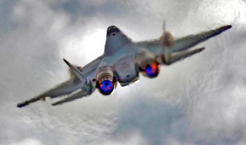 Новый экземпляр Су-57 соверш…