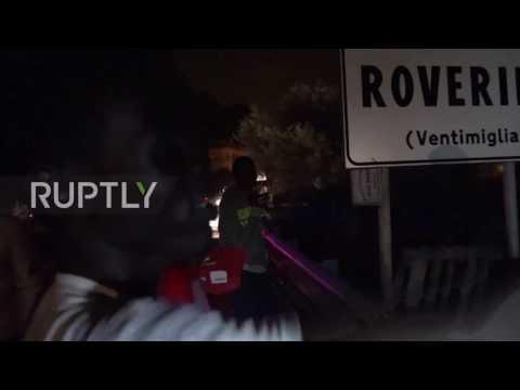 Беженцы ночью пытались штурмом взять французскую границу