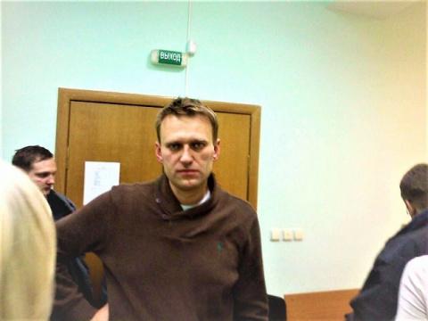 Жалобу Навального КС рассмат…