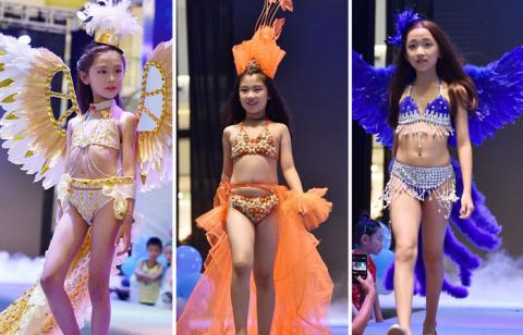 «Они же дети!»: Скандальный показ мод с участием маленьких девочек в Китае