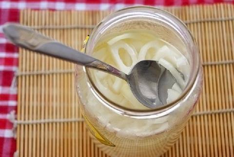 Древнее средство для лечения астмы, бронхита и заболеваний легких: всего 1 ложка после еды!