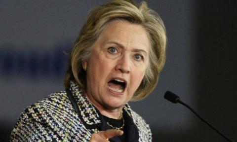 Обиженная Клинтон плетет заг…