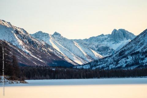 К истокам Баргузина. Там где встаёт солнце (10 фото)