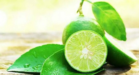 Втирайте лимон в ваши брови …