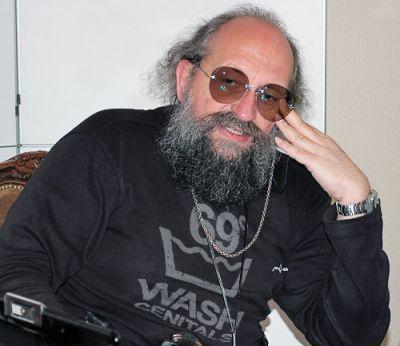 Анатолий Вассерман: Юридические ничтожества. Киевская имитация власти — даже формально не власть