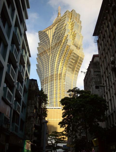 Потрясающие отели-небоскребы