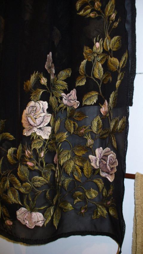 Палантин с розами