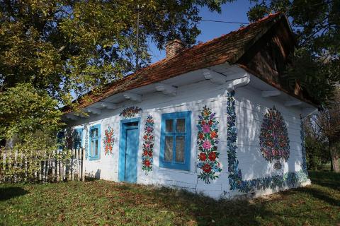 Залипье – разрисованная деревня