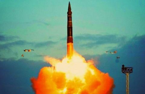 """Пентагон потерял дар речи: """"Царь-ракета судного дня"""" сделает систему ПРО США обычной игрушкой"""