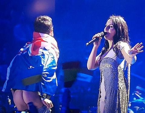 Оргкомитет Евровидения извинился за голую жо** перед лицом Джамалы