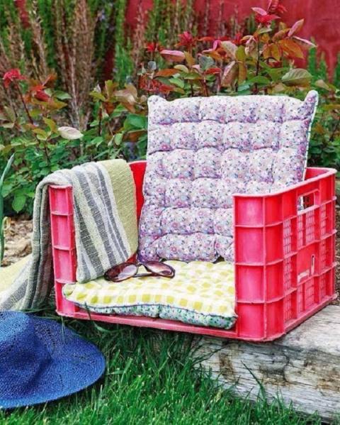 Добавьте в сад изюминку, сделав садовую мебель своими руками