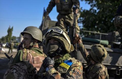 Новости ЛНР: ВСУ обстреливают прифронтовые территории Республики