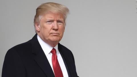 """Трамп: КНДР рискует столкнуться еще и с """"беспрецедентной мощью"""" США"""