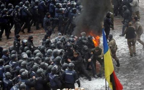 Украина спешно закладывает б…