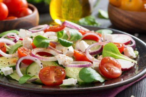 Весенние салаты: ТОП-5 рецеп…