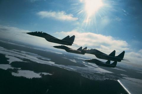 Провокации в небе у границ России