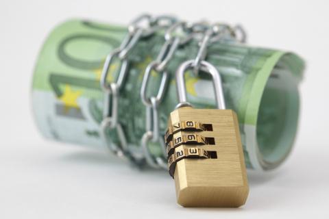 В чем опасность новых американских экономических санкций? Потеряют ли олигархи и чиновники все свои зарубежные активы?