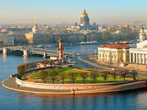 Санкт-Петербург В ОЧЕРЕДНОЙ …