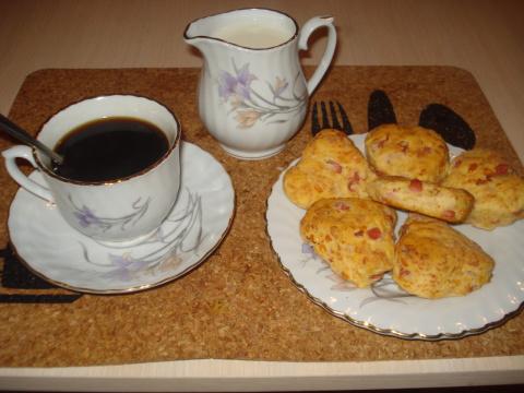 Закусочное печенье с колбасой и сыром (утилизация)